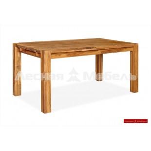 Массивный обеденный стол из дуба.