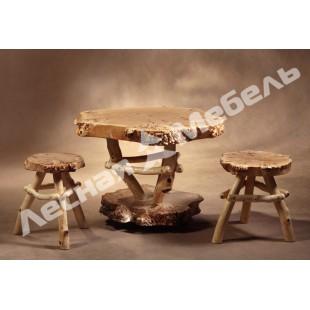 Деревянный табурет из тополя ручной работы - описание, фото и цена в Москве.