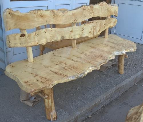 Купить мебель из дерева сейчас можно везде. Мебель из тополя - сказка об истинной, не придуманной красоте древесины. Горному тополю в этом равных нет.